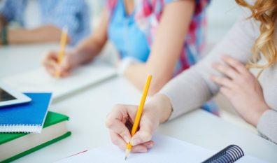 Nieuw! Novità! Offriamo preparazione esame di Stato d'italiano per adolescenti